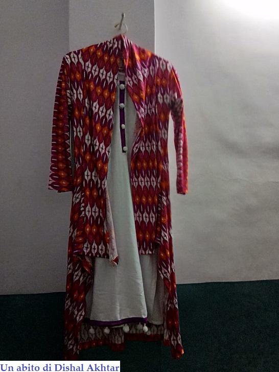Un abito di Dishal Akhtar